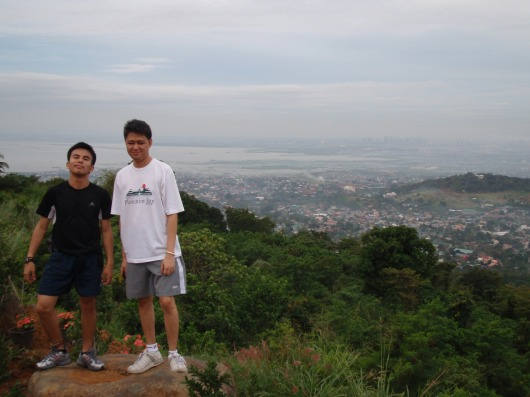 Another view from the top with Laguna de Bay visible. Camera shy Oliver in white
